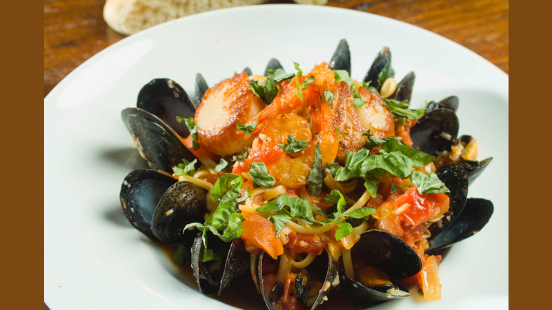 Pasta Seafood Linguini